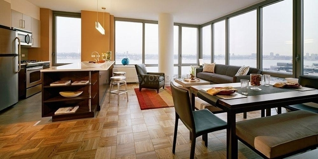 3 Bedrooms, Chelsea Rental in NYC for $10,079 - Photo 2