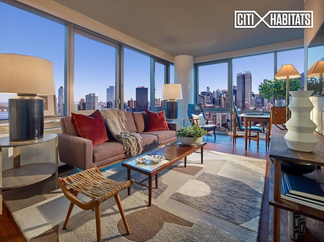 2 Bedrooms, Chelsea Rental in NYC for $8,801 - Photo 1
