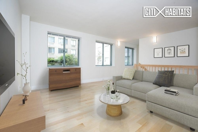 2 Bedrooms, West Village Rental in NYC for $6,208 - Photo 1