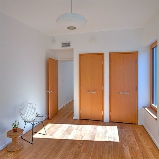 2 Bedrooms, Crown Heights Rental in NYC for $3,600 - Photo 2