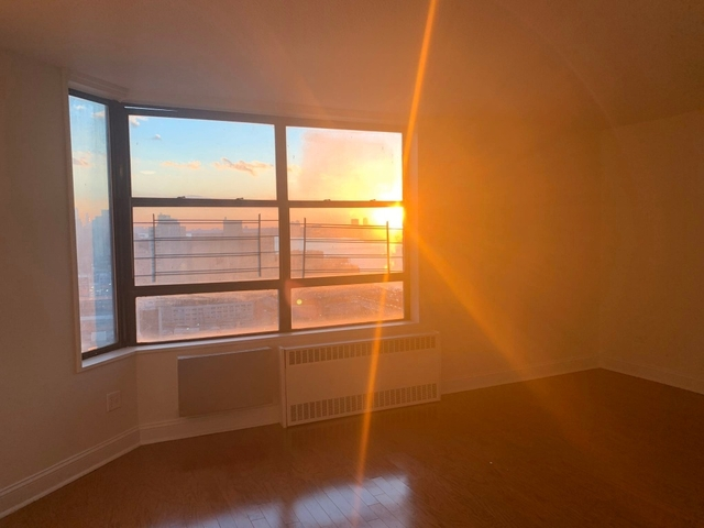 2 Bedrooms, Manhattanville Rental in NYC for $2,950 - Photo 2