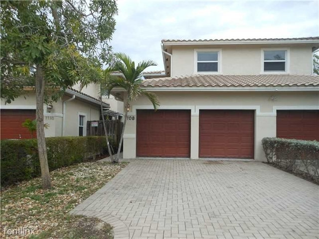 3 Bedrooms, South Middle River Rental in Miami, FL for $2,200 - Photo 1