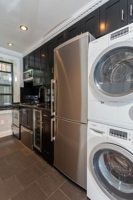 2 Bedrooms, Little Italy Rental in NYC for $4,395 - Photo 1