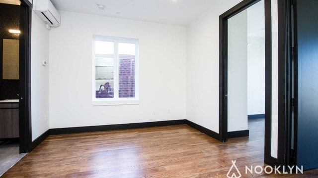 3 Bedrooms, Crown Heights Rental in NYC for $3,188 - Photo 2