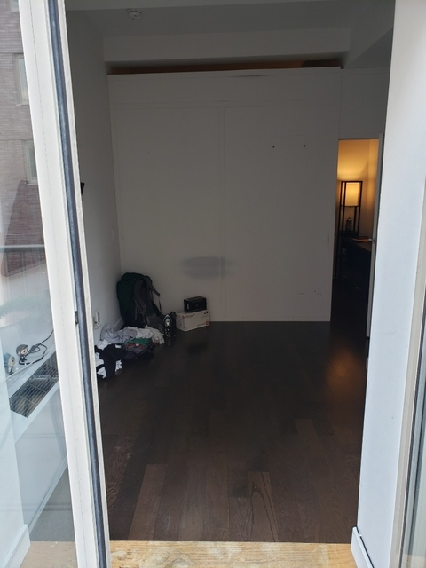 Room, Financial District Rental in NYC for $1,648 - Photo 1