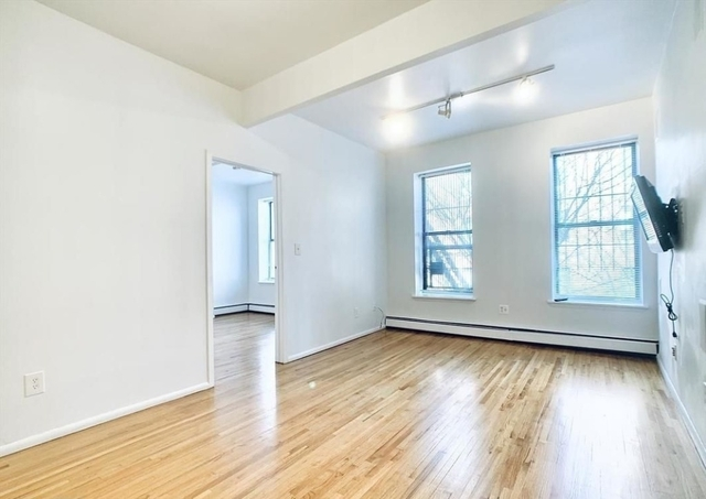 3 Bedrooms, Turtle Bay Rental in NYC for $3,545 - Photo 1
