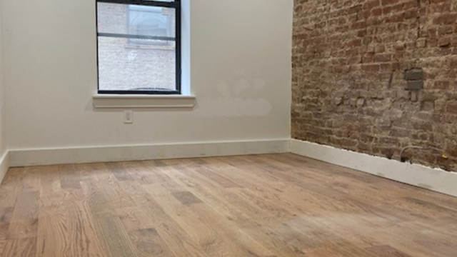 3 Bedrooms, Crown Heights Rental in NYC for $3,524 - Photo 2