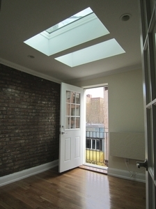 2 Bedrooms, Alphabet City Rental in NYC for $3,937 - Photo 2