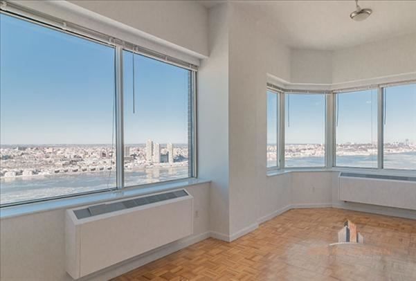 4 Bedrooms, Lincoln Square Rental in NYC for $15,000 - Photo 1