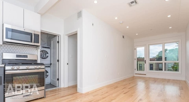 1 Bedroom, Crown Heights Rental in NYC for $2,722 - Photo 2