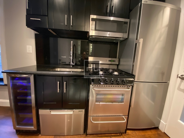 2 Bedrooms, East Harlem Rental in NYC for $2,595 - Photo 2