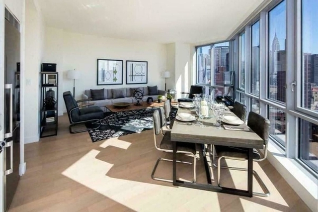 1 Bedroom, Two Bridges Rental in NYC for $5,534 - Photo 1