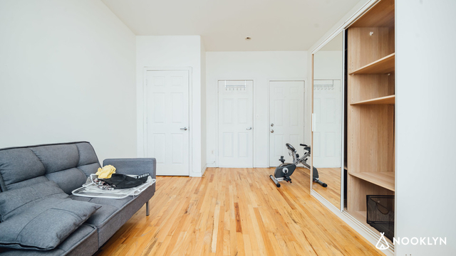 2 Bedrooms, Williamsburg Rental in NYC for $2,440 - Photo 2