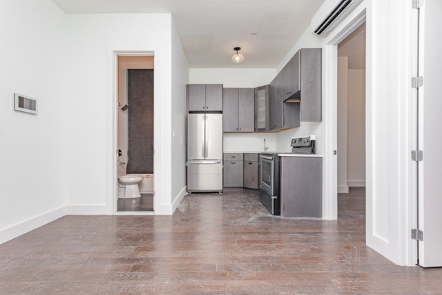 2 Bedrooms, Bushwick Rental in NYC for $2,360 - Photo 1