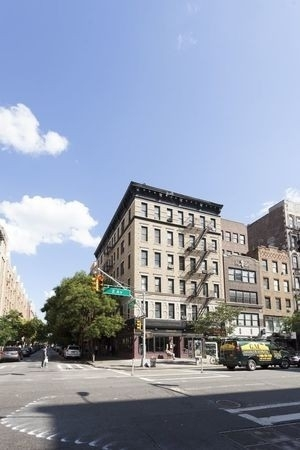 2 Bedrooms, Bowery Rental in NYC for $4,375 - Photo 2