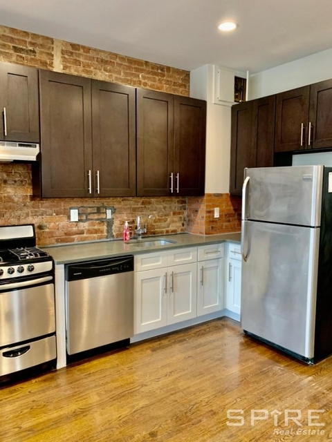 4 Bedrooms, Greenpoint Rental in NYC for $5,600 - Photo 2