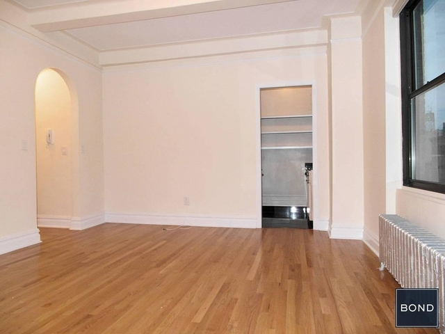 Studio, East Village Rental in NYC for $2,825 - Photo 2