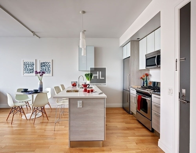 Studio, Hell's Kitchen Rental in NYC for $3,650 - Photo 1