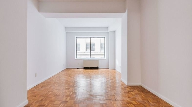 2 Bedrooms, Financial District Rental in NYC for $6,339 - Photo 1