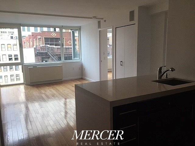 2 Bedrooms, Garment District Rental in NYC for $4,750 - Photo 2