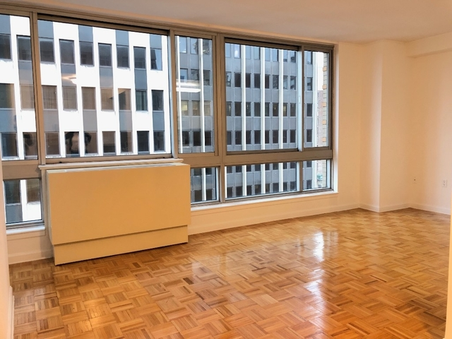 1 Bedroom, Civic Center Rental in NYC for $4,150 - Photo 2