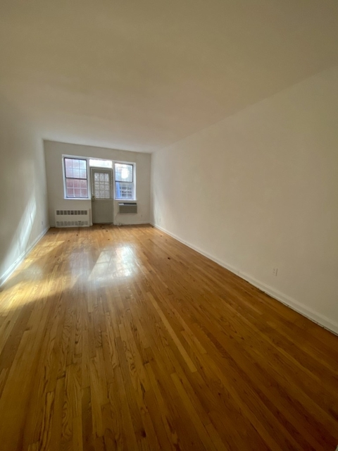 Studio, Sutton Place Rental in NYC for $2,305 - Photo 1