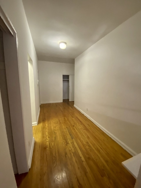 Studio, Sutton Place Rental in NYC for $2,305 - Photo 2