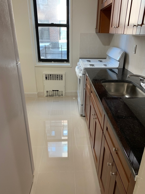 2 Bedrooms, Briarwood Rental in NYC for $2,200 - Photo 1