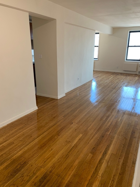 2 Bedrooms, Murray Hill, Queens Rental in NYC for $2,200 - Photo 1