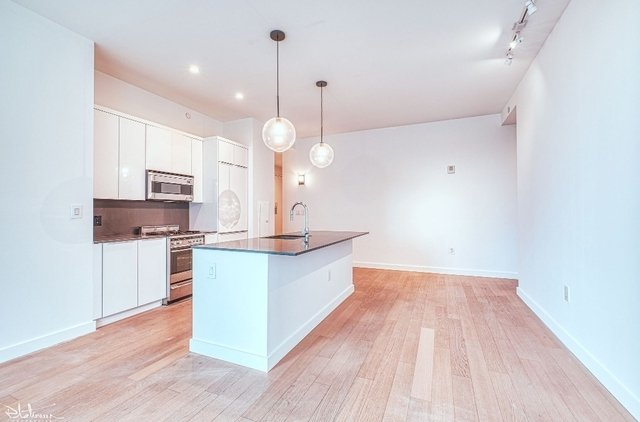 1 Bedroom, Financial District Rental in NYC for $4,909 - Photo 1