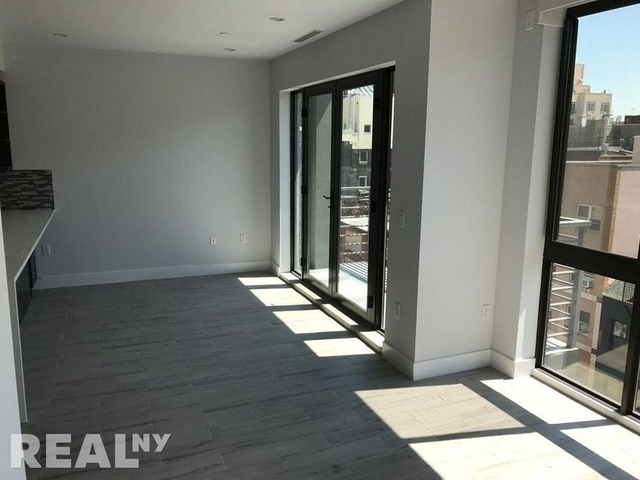 1 Bedroom, Lower East Side Rental in NYC for $4,995 - Photo 2