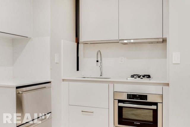 Studio, Chelsea Rental in NYC for $5,195 - Photo 2