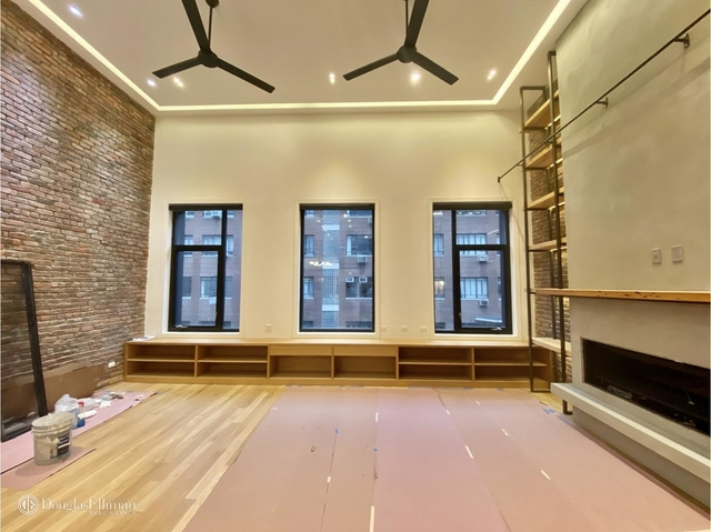3 Bedrooms, Tribeca Rental in NYC for $17,500 - Photo 2