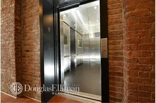 2 Bedrooms, Williamsburg Rental in NYC for $5,300 - Photo 2