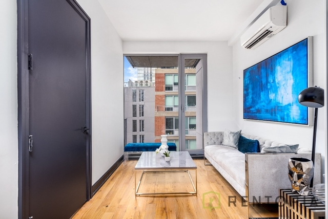Studio, Long Island City Rental in NYC for $2,640 - Photo 2