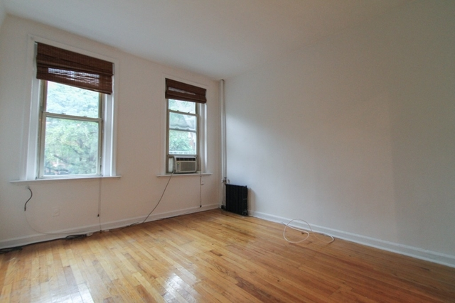 Studio, Hell's Kitchen Rental in NYC for $1,945 - Photo 1