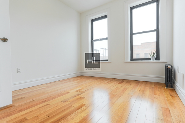3 Bedrooms, Steinway Rental in NYC for $3,825 - Photo 2