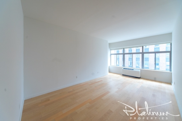 Studio, Financial District Rental in NYC for $2,769 - Photo 2