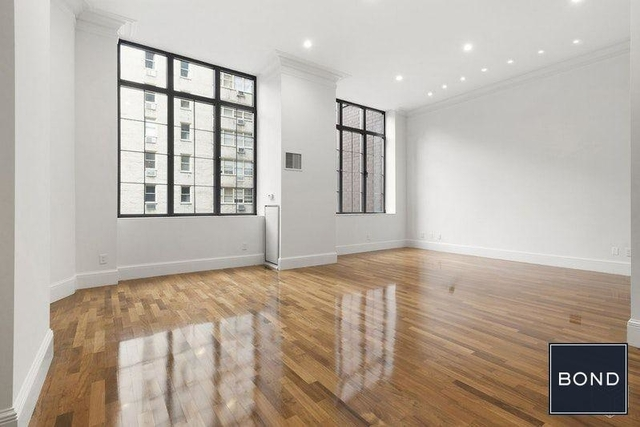 3 Bedrooms, Turtle Bay Rental in NYC for $19,895 - Photo 2