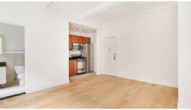 Studio, Lincoln Square Rental in NYC for $2,699 - Photo 2