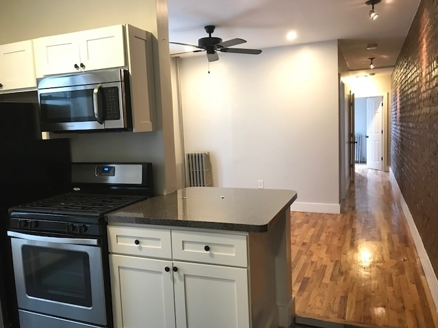 2 Bedrooms, Prospect Lefferts Gardens Rental in NYC for $2,550 - Photo 2