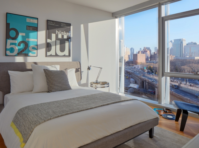 2 Bedrooms, DUMBO Rental in NYC for $6,130 - Photo 2