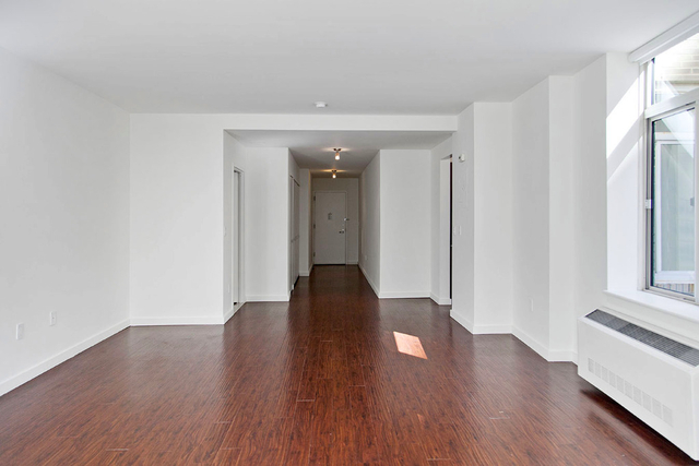 Studio, Financial District Rental in NYC for $3,924 - Photo 2