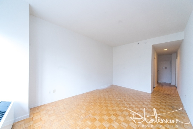 Studio, Financial District Rental in NYC for $2,733 - Photo 2