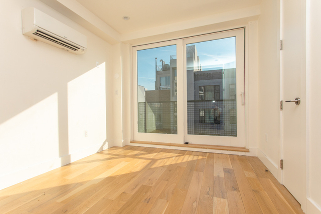 4 Bedrooms, Greenpoint Rental in NYC for $5,199 - Photo 1