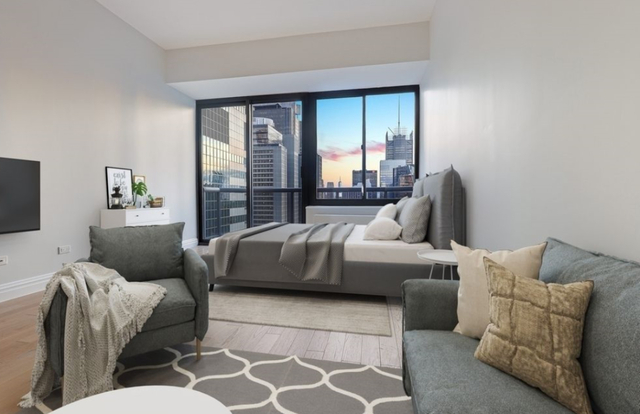 Studio, Theater District Rental in NYC for $2,984 - Photo 2