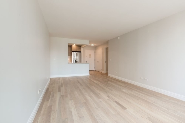 2 Bedrooms, Theater District Rental in NYC for $5,206 - Photo 2