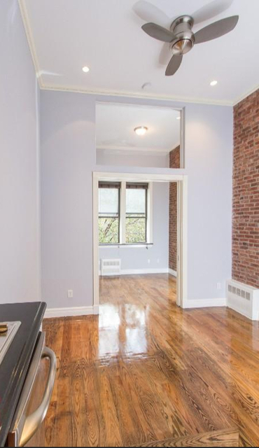 1 Bedroom, West Village Rental in NYC for $3,135 - Photo 2