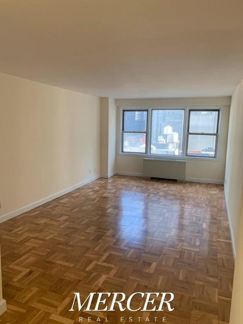 Studio, Hell's Kitchen Rental in NYC for $2,525 - Photo 1