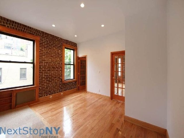 3 Bedrooms, Turtle Bay Rental in NYC for $4,800 - Photo 1